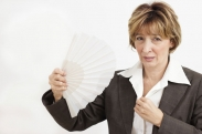 4 Effective Ways to Treat Hot Flashes