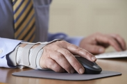 Carpal Tunnel Syndrome: Symptoms, Risks and Prevention